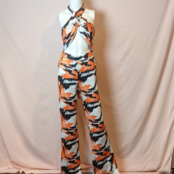 SHEIN Abstract Print Cutout Halter Neck Jumpsuit